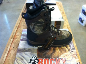 photo 2 300x224 10% OFF: Rocky Hunting Boots